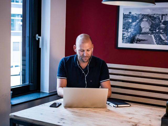 Projektmanager Tobias ORAYLIS