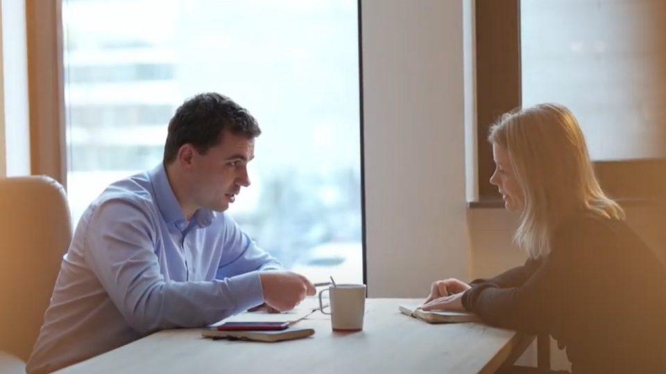 Alexander und Miriam im Gespräch ORAYLIS
