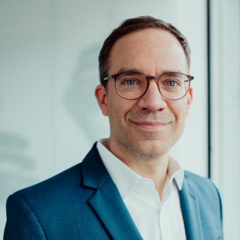 Christian Teusch Senior Projektmanager ORAYLIS